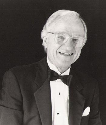 Dr. Lee Kjelson
